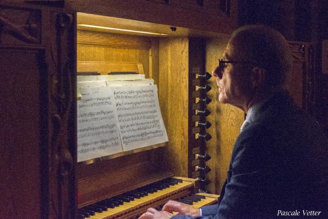 Lars Frederiksen à l'orgue de choeur