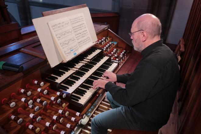 au clavier du Grand Orgue