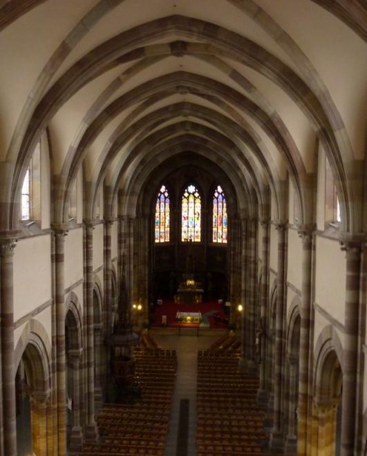De la tribune vue sur la nef